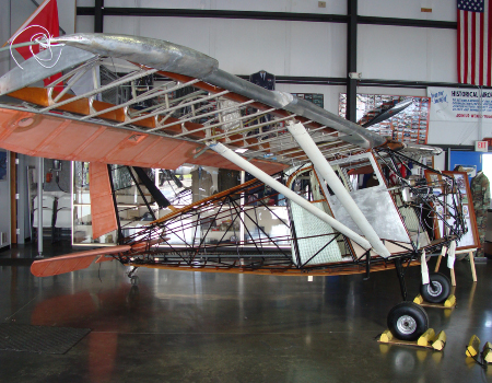 Stinson: Building the fuselage, rewiring and fitting wings